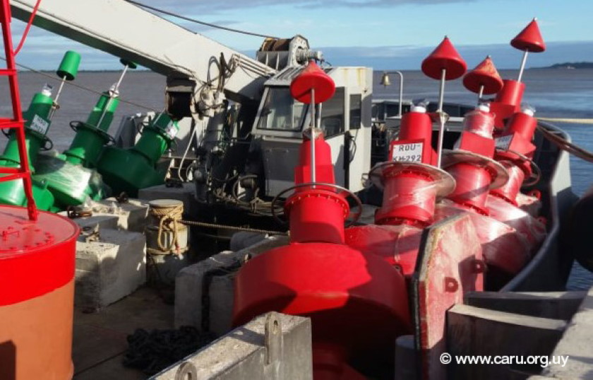 Maritime Safety Improved on Major South American River with New Aids to Navigation (English / Latin Spanish)
