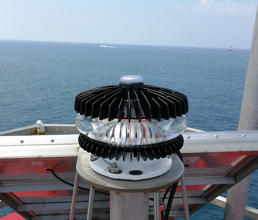 13-21NM Long Range Marine Lantern <br>(SL-300-1D5)