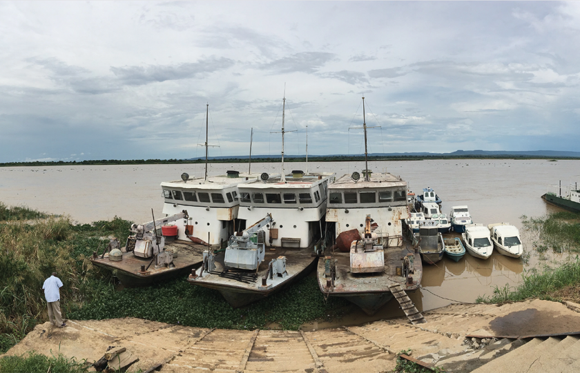 West African River Gets New Aids to Navigation to Help Rebuild Local Economy (English / Latin Spanish)