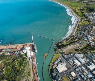 Sealite delivers complete port solution to Eastland Port